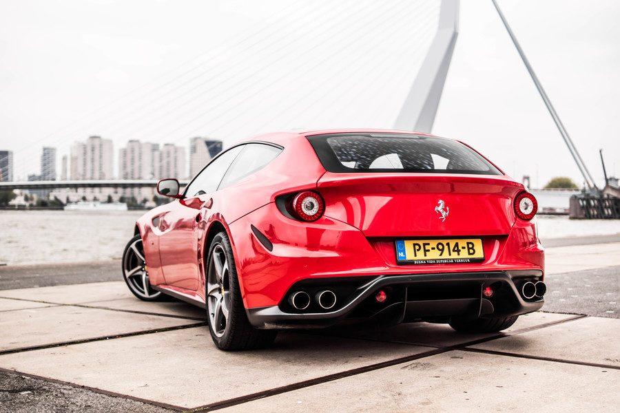 Ferrari FF huren