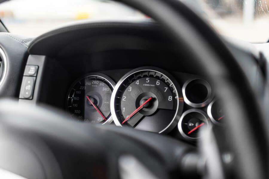 Nissan GTR Meters