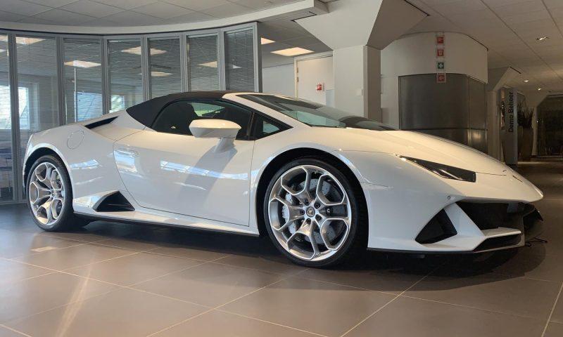 Lamborghini Huracán Evo Spyder huren