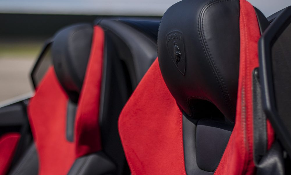 Lamborghini huracan LP610-4 spyder seats huren