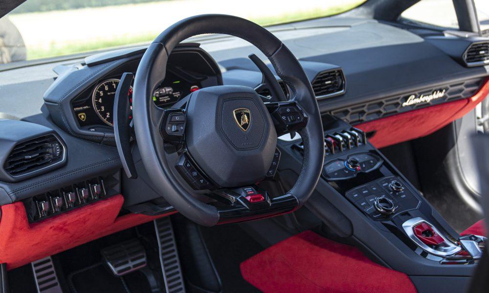 Lamborghini huracan LP610-4 spyder steer huren