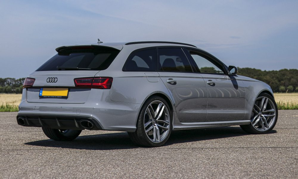 Audi RS6 nardo grey Huren