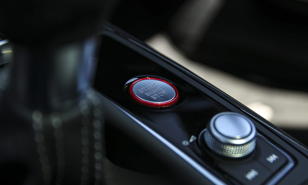 Audi RS6 start button Huren