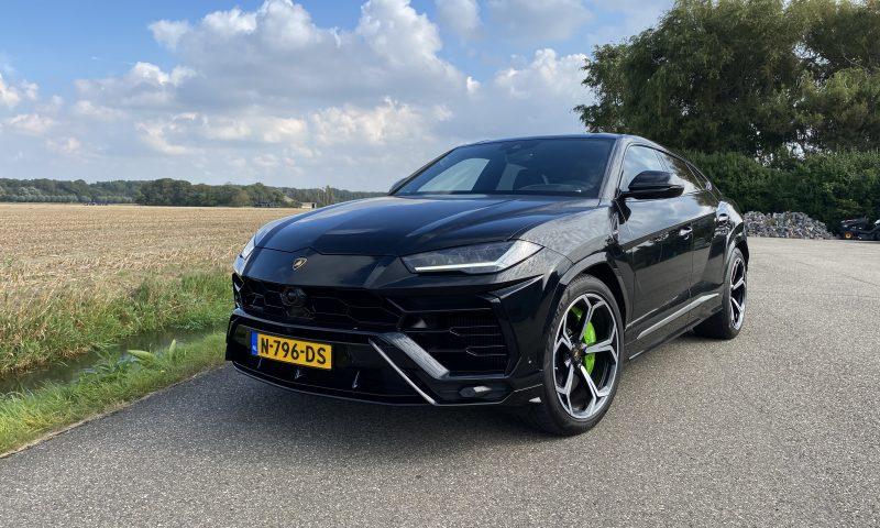 Lamborghini Urus huren